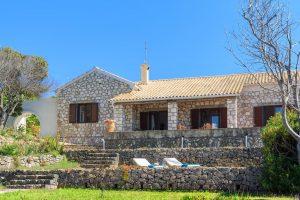 Villa Quietude in San stefanos